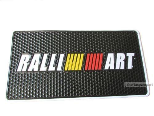 Anti Slip Mitsubishi Logo Ralliart Ukuran 26x13cm