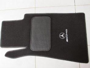 Karpet-AMG-W-202-hitam