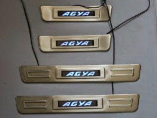 dijual-Door-sill-plate-pelindung-pintu-Toyota-Agya-dengan-LED