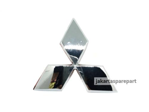 Emblem Logo Mitsubishi Tiga Berlian Warna Chrome Ukuran 9x8cm