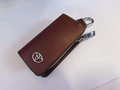 Dompet-Kunci-Toyota-Coklat