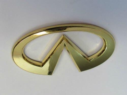 Emblem Logo Infiniti Warna Gold Ukuran 12.3x6cm