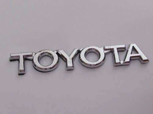 Emblem-Tulisan-Toyota-Warna-Chrome-Ukuran-10.5x1.7cm