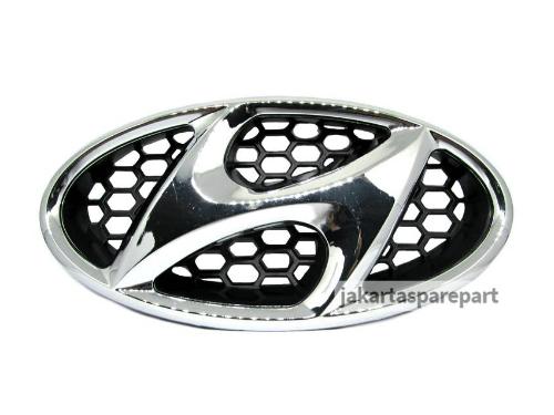 Emblem Logo Depan Hyundai Ukuran 17x8.5cm