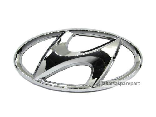 Emblem Logo Hyundai Warna Chrome Ukuran 11.5x6cm (Dilengkapi Perekat)